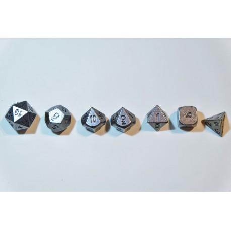 7 Dés en métal serie 9