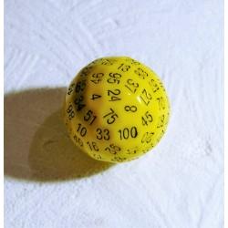 dé à 100 faces en résine jaune