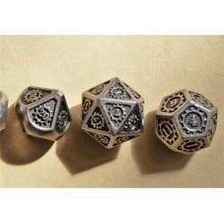 série de 7 dés en métal série 23
